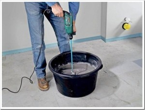 Подготовка раствора для укладки плитки