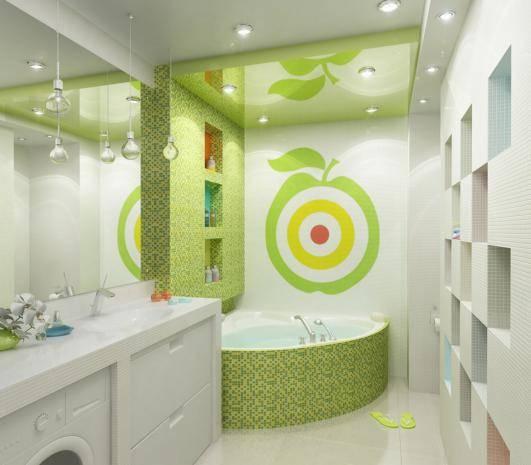 Голубой цвет ванной комнаты создает ощущение спокойствия.