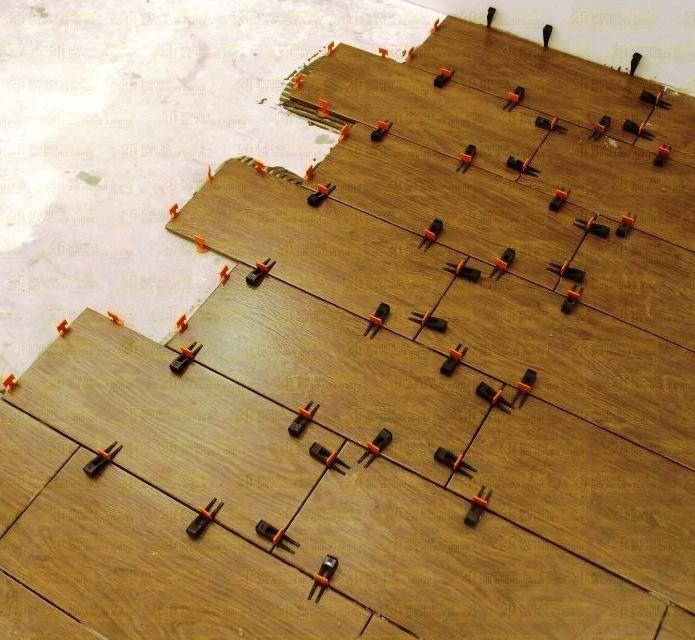 Укладка плитки с использованием СВП