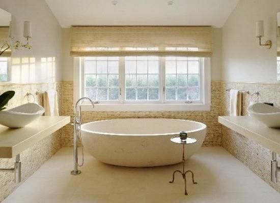 Современный светлый молочно-коричневый вариант оформления ванной комнаты