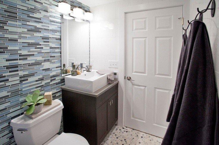 красивая мозаичная плитка в ванной комнате