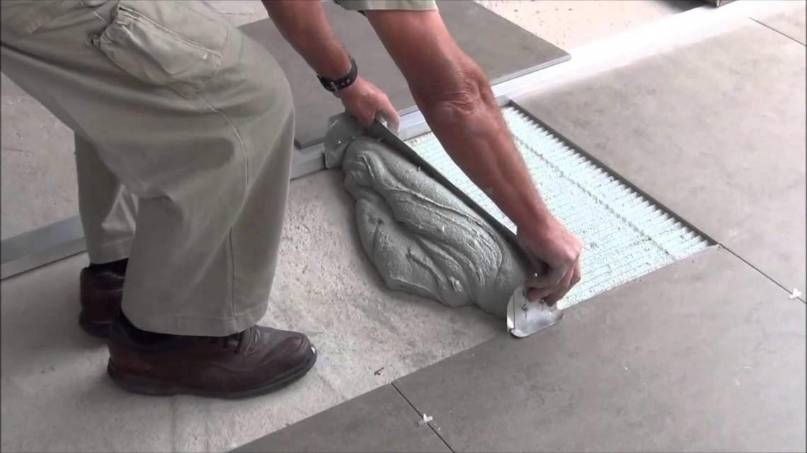 Укладка потолочной плитки