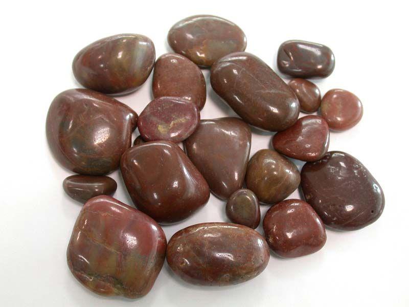 красивый натуральный полированный камень