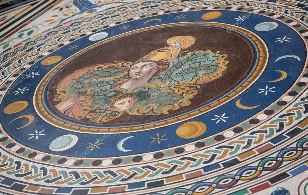 рисунок из мозаичной плитки