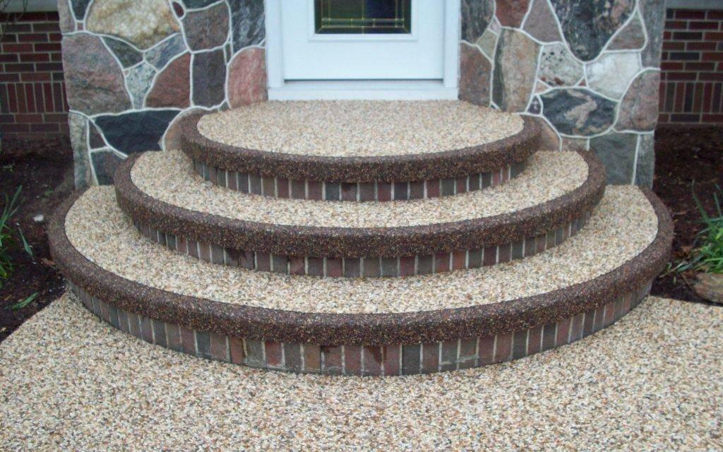 ступеньки из натурального камня