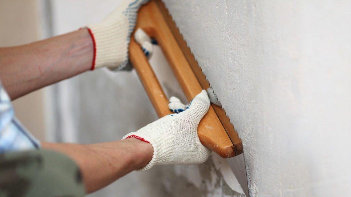 Самостоятельное выравнивание стен, процесс очень интересный и занятный